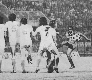 M'Pelé en Coupe de France... contre Marseille en 1975