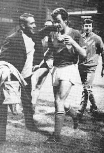 la joie de Mitoraj après la victoire du PSG à Saint-Etienne en 1971