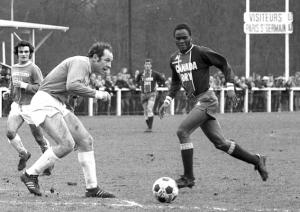 François M'Pelé en action