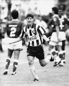 Buteur à Botafogo