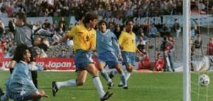 La main de dieu face à l'Uruguay...