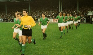 Une seule équipe a soutenu le rythme fou des Parisiens : l'AS Saint-Etienne en 1968-69
