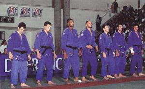 L'équipe du PSG avant les combats