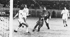 un but de François M'Pelé contre Troyes