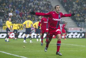 Pedro Miguel Pauleta, meilleur buteur du PSG contre Sochaux