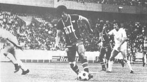 Mustapha Dahleb en action