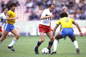 Dernier match – et dernier but – pour Carlos Bianchi avec le PSG