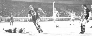 Un des deux buts de Carlos Bianchi