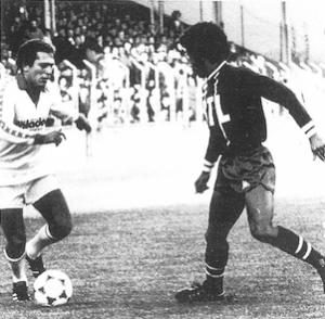 Lokoli en action face à la sélection yougoslave