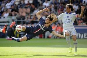 9 succès de suite pour le PSG de Cavani face à Bastia, série en cours