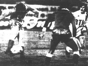 Nikolic ouvre le score pour Lyon devant Toffolo