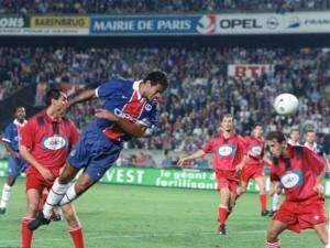 Raï face au Steaua Bucarest en 1997