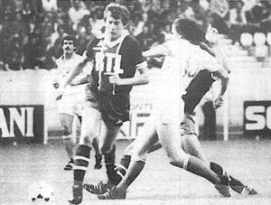 Fernandez face à l'ancien parisien Piasecki