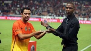 le trophée pour les Catalans à l'issue de la séance de tirs aux buts