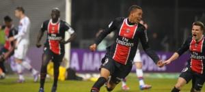 la joie de Guillaume Hoarau après son incroyable but à Lyon (4-4)