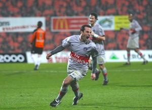 la joie de Giuly à Lorient en 2009