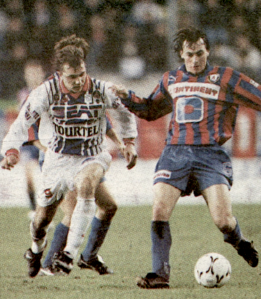 match du jour 29 janvier 1994 caen psg paris fonce vers le titre. Black Bedroom Furniture Sets. Home Design Ideas