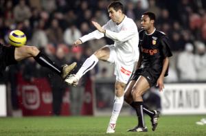 Pauleta impuissant face à Lens en 2005 (défaite 0-2)