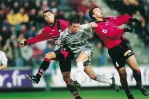 Heinze au duel avec deux ex du PSG, Paisley et Cesar