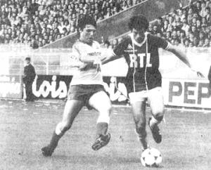 Mustapha Dahleb face à Lyon... et un très jeune Laurent Fournier
