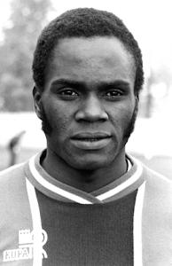 M'Pelé, roi des buteurs en Coupe de France