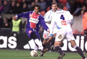 Ronaldinho dans ses oeuvres