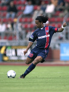 Ronaldinho, capitaine avec le PSG