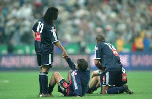 2003 : défaite en finale de la Coupe de France pour Ronaldinho et le PSG... contre Auxerre