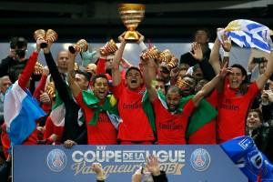 Thiago Silva avec la Coupe de la Ligue 2015