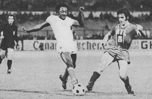 Paulo Cesar impuissant face à Poli en 1975