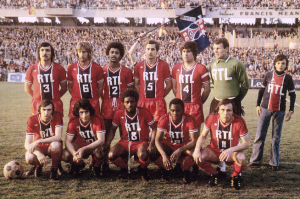 le onze du PSG pour sa première demi-finale de Coupe de France en 1975