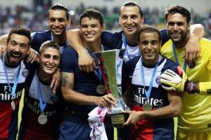 la joie des Parisiens avec le trophée