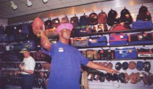 Pascal Nouma découvre le football américain
