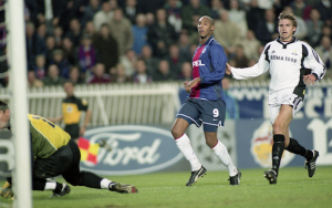 Anelka double buteur face à Rosenborg