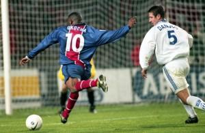 Okocha, double buteur face à Auxerre