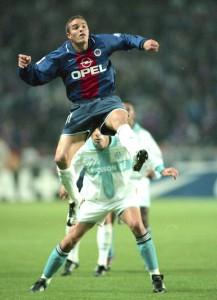 Robert, un des meilleurs buteurs du PSG en 2000-2001