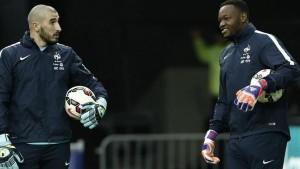Ruffier-Mandanda : 20 buts pour Ibra...