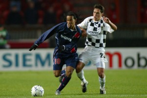 Ronaldinho, impuissant face à Benfica