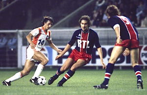 Cruyff en action en 1979 avec les Los Angeles Aztecs