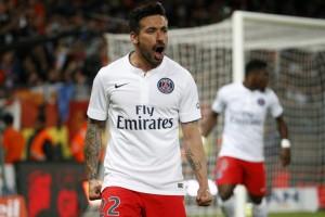 la joie de Lavezzi et 2-0 pour Paris