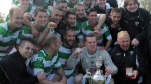 un seul rival pour Paris : les amateurs du New Saints Football Club au Pays de Galles...