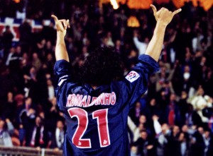 Ronaldinho, le meilleur des 21...