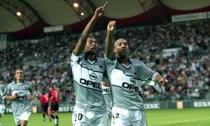 la joie de Dalmat et Edouard Cissé à Rennes en 2000 (score final 1-1)