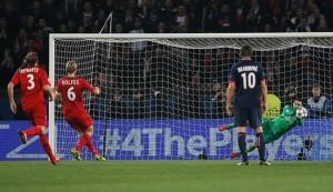 le penalty détourné par Sirigu contre Leverkusen