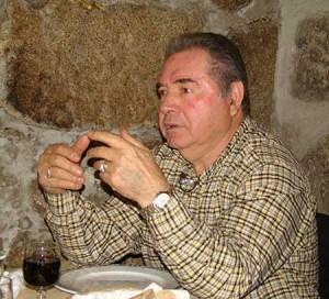 Cruz à 76 ans, toujours une légende de Benfica