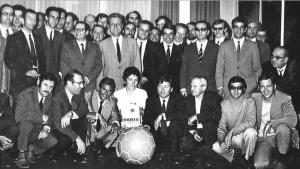 Guy Crescent et les socios du PSG