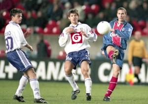 le tournoi Opel avec le défenseur parisien Bruno Carotti en 1999