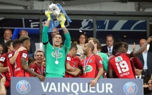 la joie lors de la finale de Coupe de France contre Angers