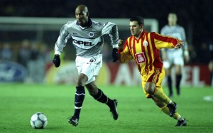Anelka vaincu en 2000 pour le retour de Luis Fernandez
