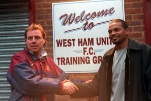 Lama, direction West Ham avant de revenir à Paris six mois plus tard